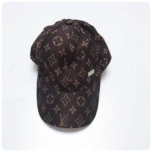 NWOT LV Louis Vuitton hat
